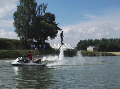 On peut aussi faire du Flyboard à Quilly